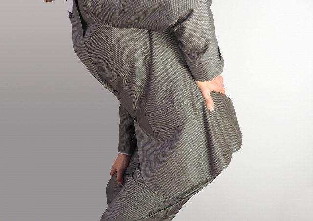 その痛みはぎっくり腰かもしれません!知っておきたいぎっくり腰の症状!