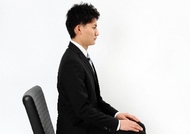 腰痛は仙台の【かなで接骨院】の姿勢の矯正で予防を!