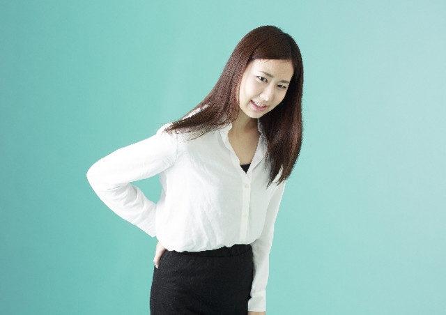 腰痛の種類について~急性腰痛(ぎっくり腰など)と慢性腰痛(ヘルニアなど)~